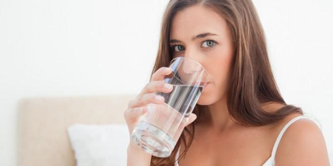 Incredibila dieta cu APA: afla beneficiile lichidului vietii