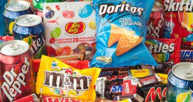 10 alimente de care trebuie sa ne ferim