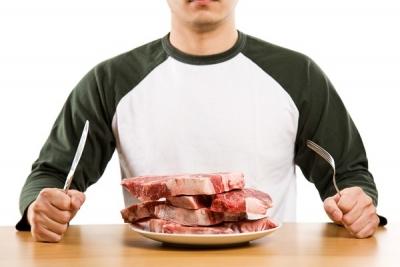 Carnea în alimentație – când și de ce devine… otravă