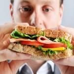 Cum să scapi de mâncatul pe fond nervos
