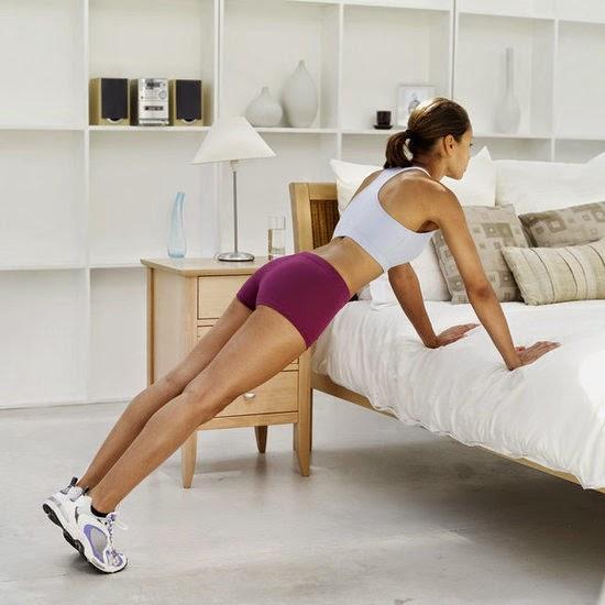 5 exercitii de fitness care pot fi facute acasa